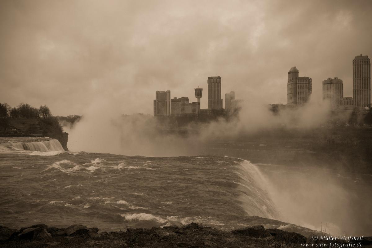 Niagarafälle, Niagara falls