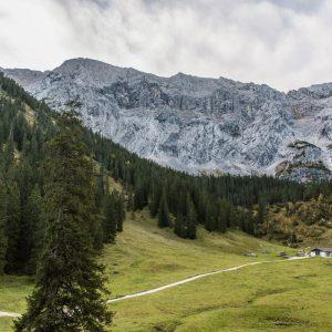 Blick zur Wettersteinhütte